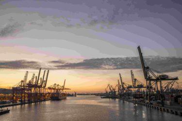 Gdynski Port, terminal kontenerowy. 22.09.2015 fot. Wojtek Jakubowski /Fotokombinat