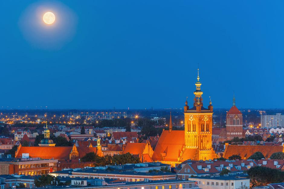 gdansk-city-skyline
